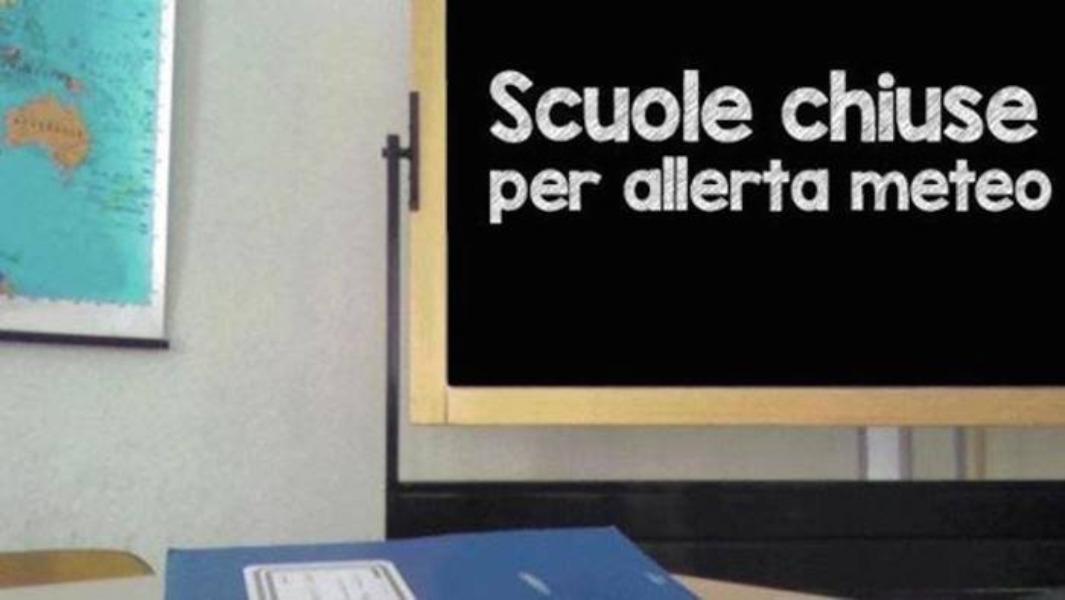 Martedì 5 novembre 2019 chiusura di tutte le scuole di ogni ordine e grado di Napoli